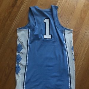 Nike Other - UNC BASKETBALL JERSEY MEDIUM